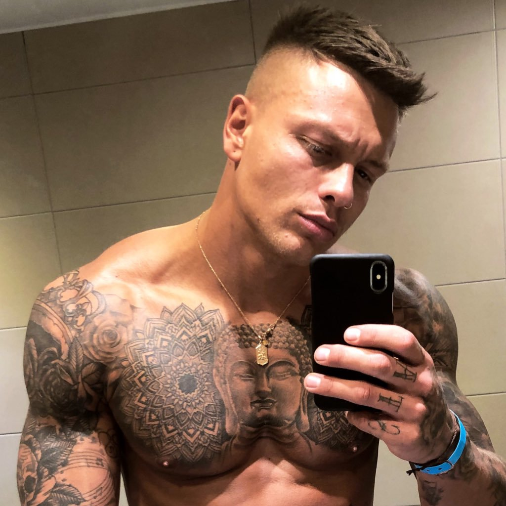 Alex Bowen net worth