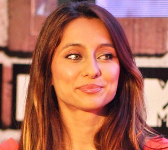 Anusha Dandekar net worth