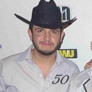 Calibre 50 Edén Muñoz net worth